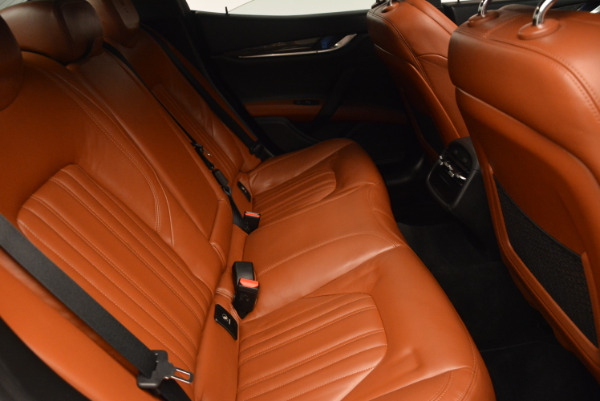 Used 2014 Maserati Ghibli S Q4 for sale Sold at Pagani of Greenwich in Greenwich CT 06830 24
