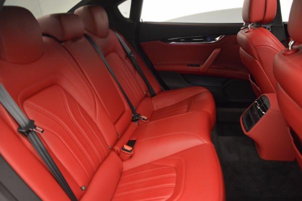 Used 2015 Maserati Quattroporte S Q4 for sale Sold at Pagani of Greenwich in Greenwich CT 06830 24