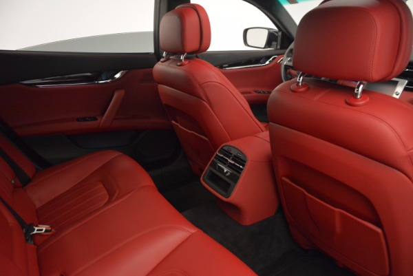 Used 2015 Maserati Quattroporte S Q4 for sale Sold at Pagani of Greenwich in Greenwich CT 06830 25