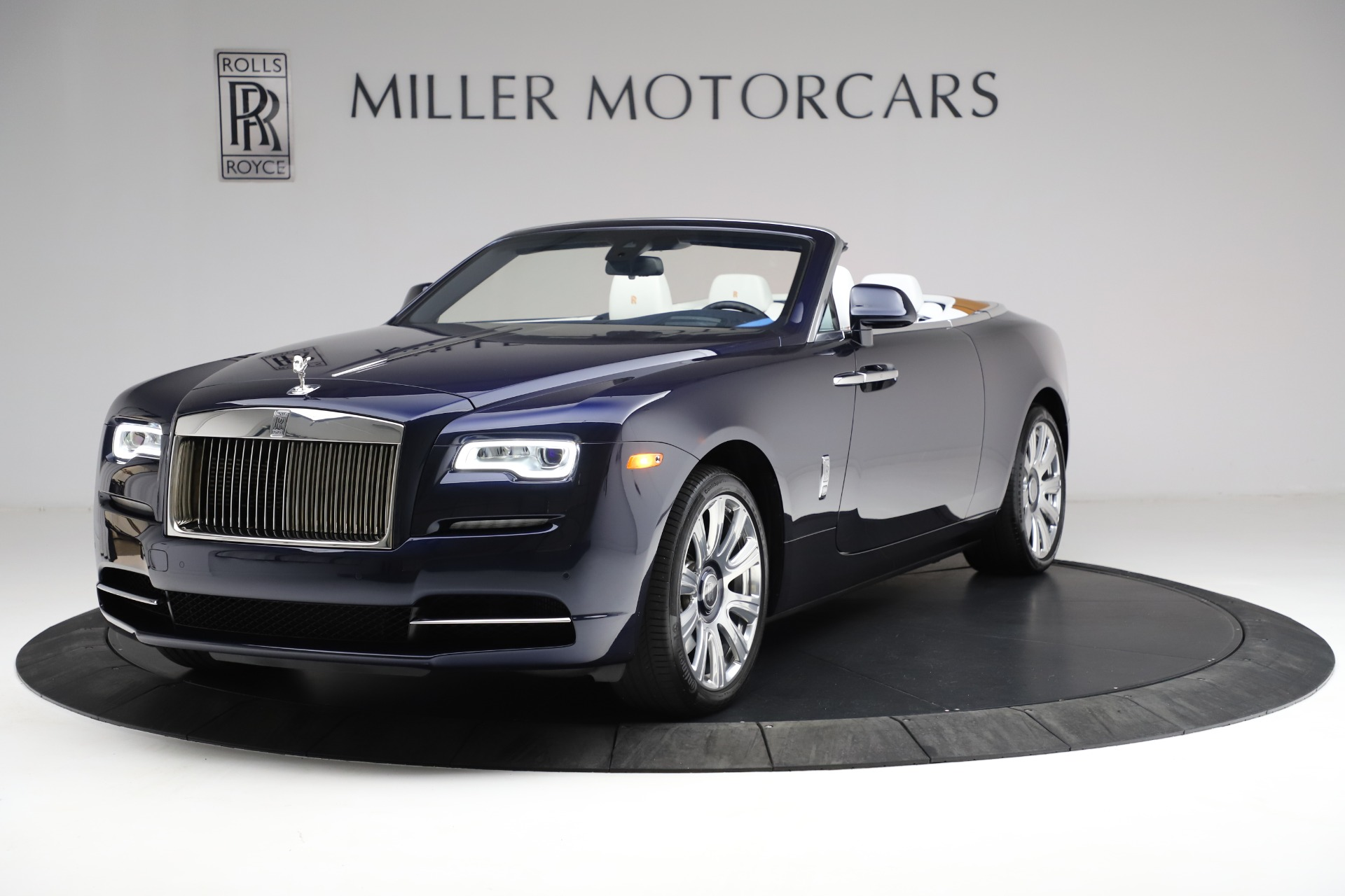 Used 2017 Rolls-Royce Dawn for sale Call for price at Pagani of Greenwich in Greenwich CT 06830 1