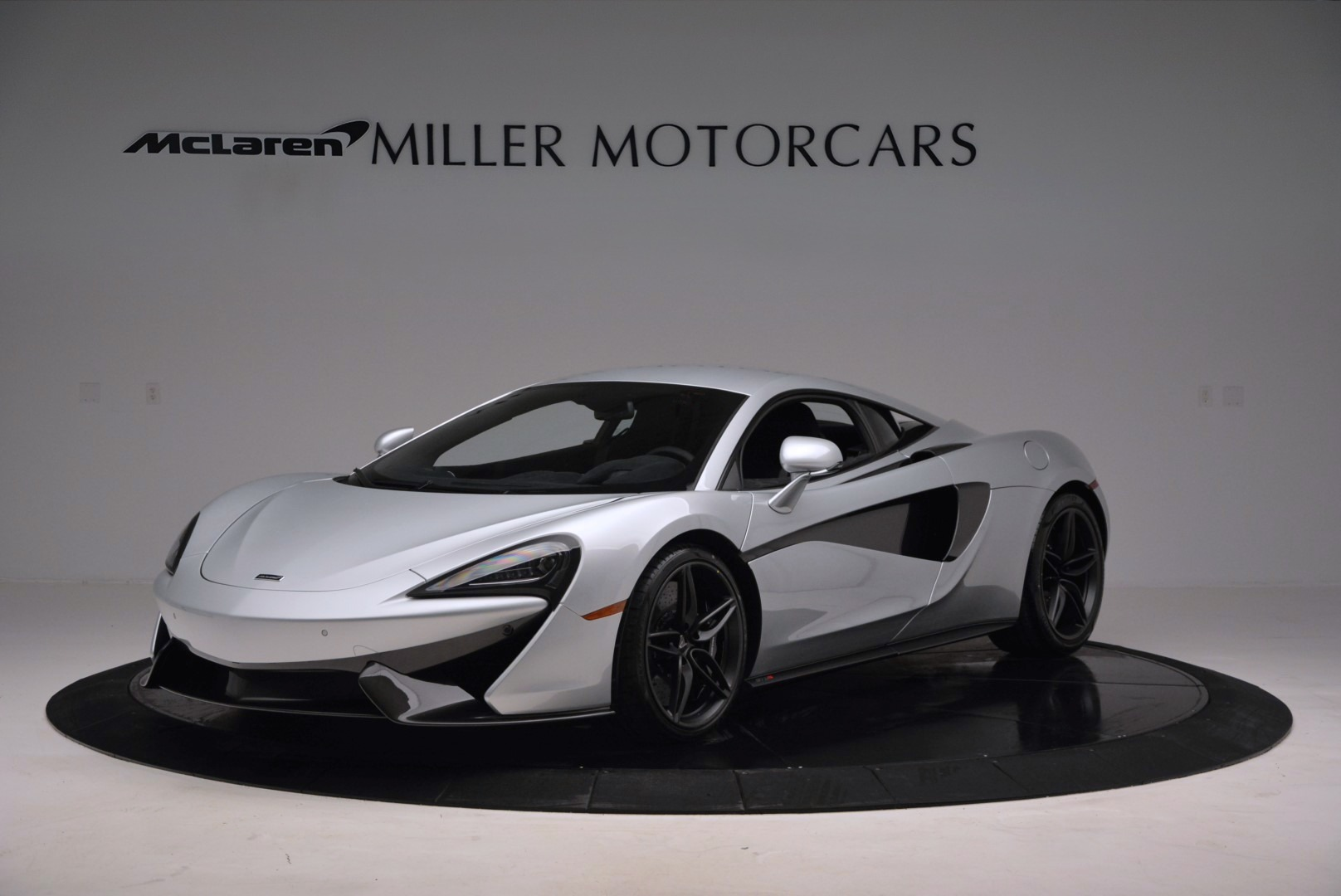 Used 2017 McLaren 570S Coupe for sale $149,900 at Pagani of Greenwich in Greenwich CT 06830 1