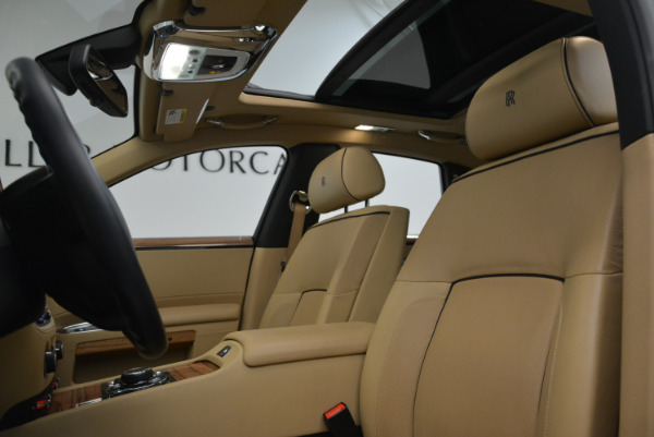 Used 2014 Rolls-Royce Ghost V-Spec for sale Sold at Pagani of Greenwich in Greenwich CT 06830 22
