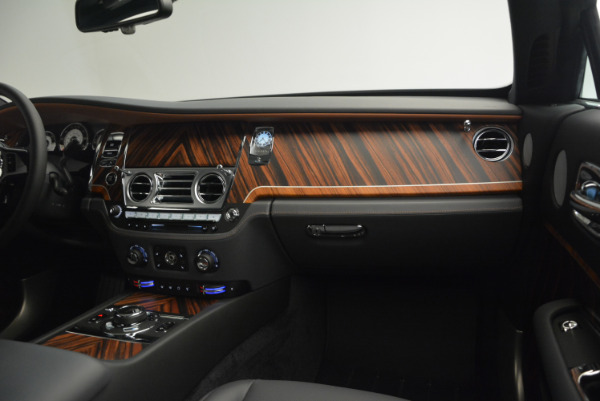 Used 2015 Rolls-Royce Wraith for sale Sold at Pagani of Greenwich in Greenwich CT 06830 28