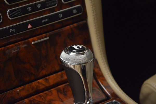 Used 2009 Bentley Brooklands for sale Sold at Pagani of Greenwich in Greenwich CT 06830 27