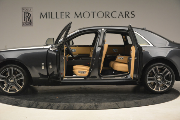 Used 2017 Rolls-Royce Ghost for sale Sold at Pagani of Greenwich in Greenwich CT 06830 14
