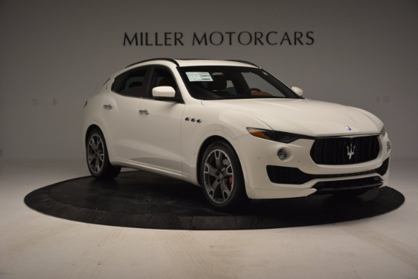 Used 2017 Maserati Levante Q4 for sale Sold at Pagani of Greenwich in Greenwich CT 06830 11