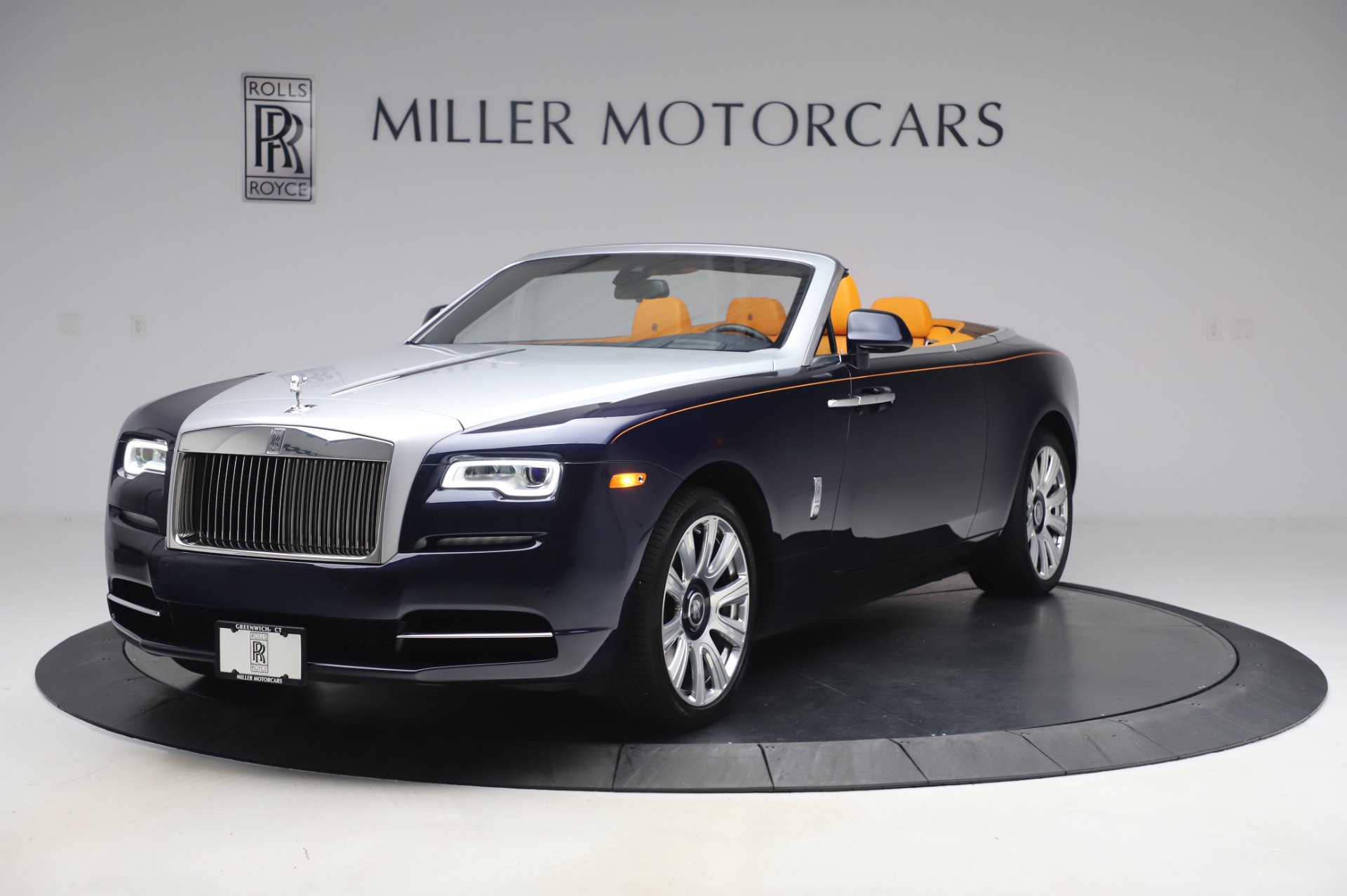 Used 2017 Rolls-Royce Dawn for sale $239,900 at Pagani of Greenwich in Greenwich CT 06830 1