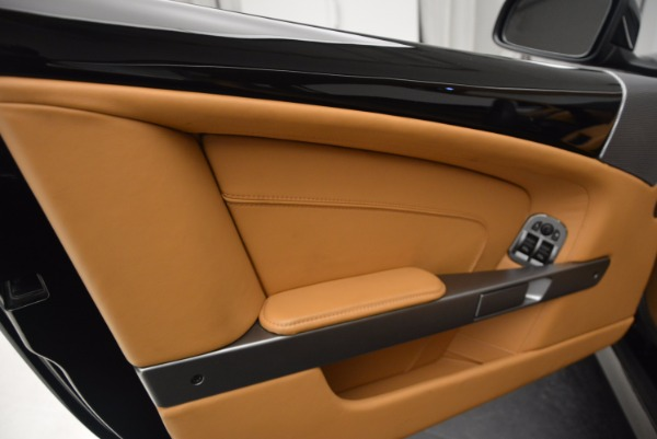 Used 2014 Aston Martin DB9 for sale Sold at Pagani of Greenwich in Greenwich CT 06830 18